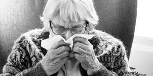 Cómo tratar las alergias en personas mayores